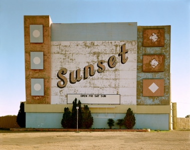 Stephen Shore. West 9th Avenue, Amarillo, Texas, October 2, 1974. 1974. Chromogenic color print, printed 2013, 17 × 21 3/4″ (43.2 × 55.2 cm). The Museum of Modern Art, New York. Acquired through the generosity of an anonymous donor. © 2017 Stephen Shore