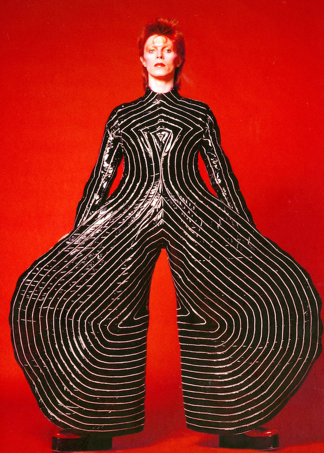 Striped_bodysuit_for_Aladdin_Sane_tour_1973_Sukita_The_David_Bowie_Archive_2012[1]